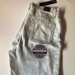 Gloria Vanderbilt Amanda Jeans Ultra Light Wash